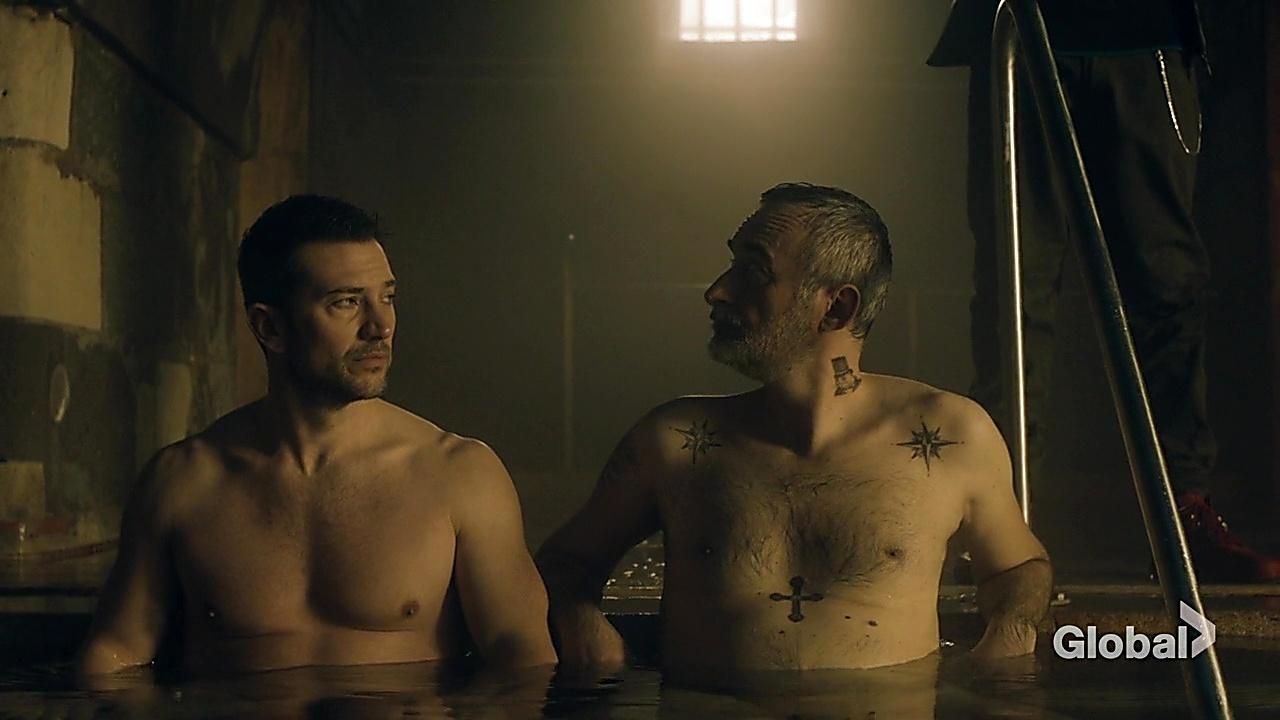 Luke Roberts sexy shirtless scene May 9, 2019, 9am