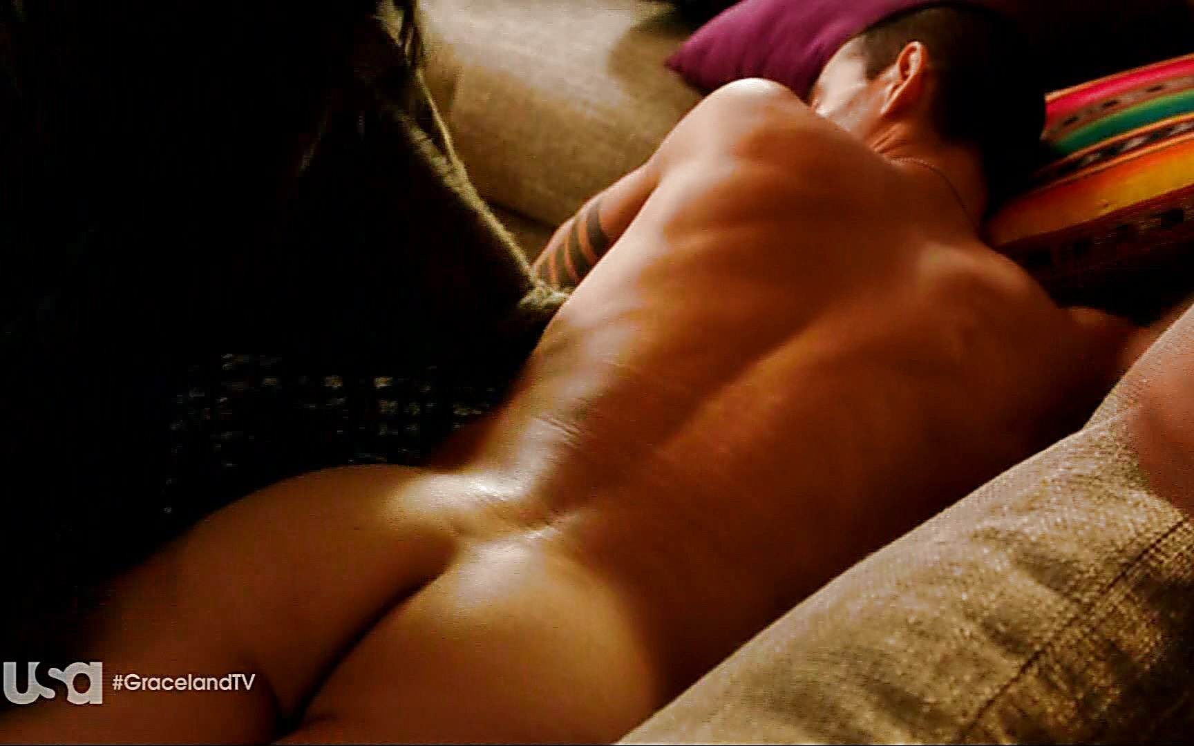 Manny Montana sexy shirtless scene August 2, 2015, 10pm