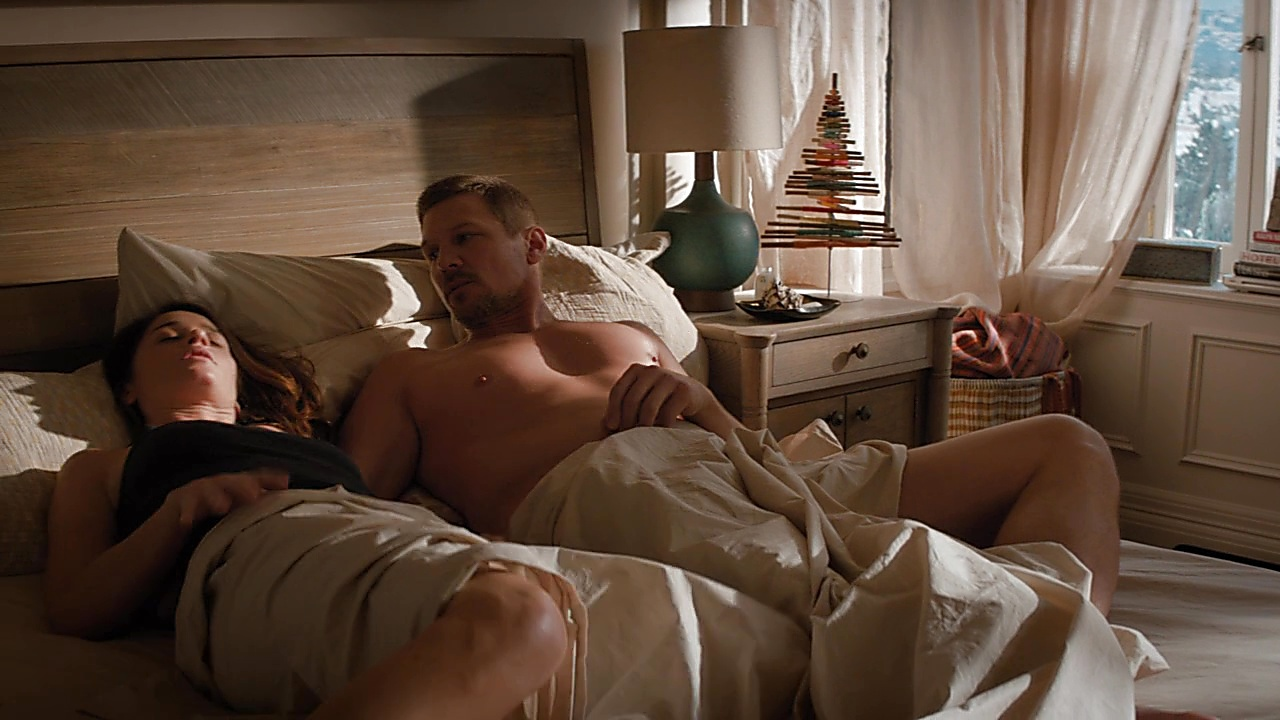 Marc Blucas sexy shirtless scene March 19, 2019, 1pm