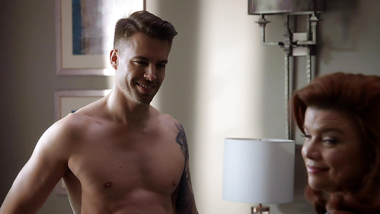 Marc Crumpton sexy shirtless scene February 22, 2019, 12pm