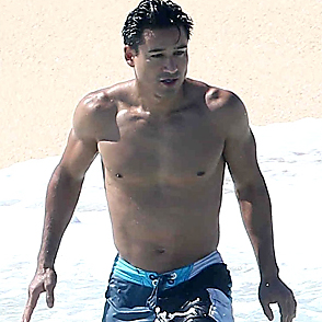 Mario Lopez latest sexy shirtless May 28, 2017, 8pm
