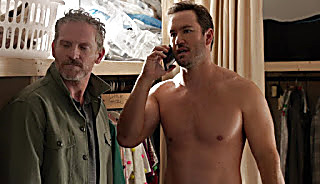 Mark Paul Gosselaar Nobodies S02E06 2018 04 27 7