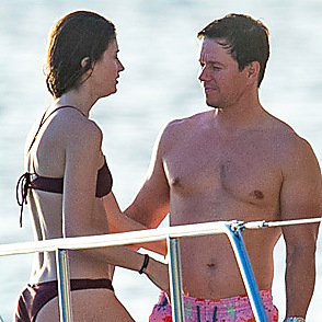 Mark Wahlberg latest sexy shirtless December 29, 2016, 11am