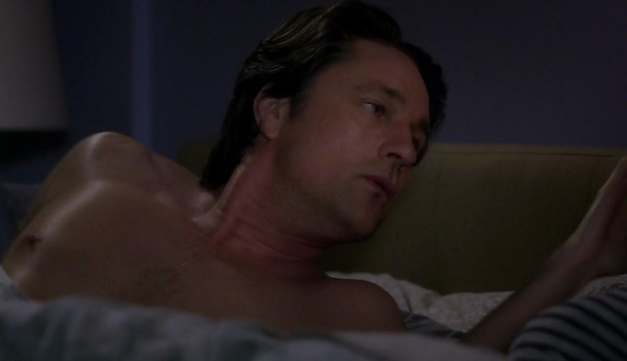 Martin Henderson sexy shirtless scene May 12, 2017, 12pm