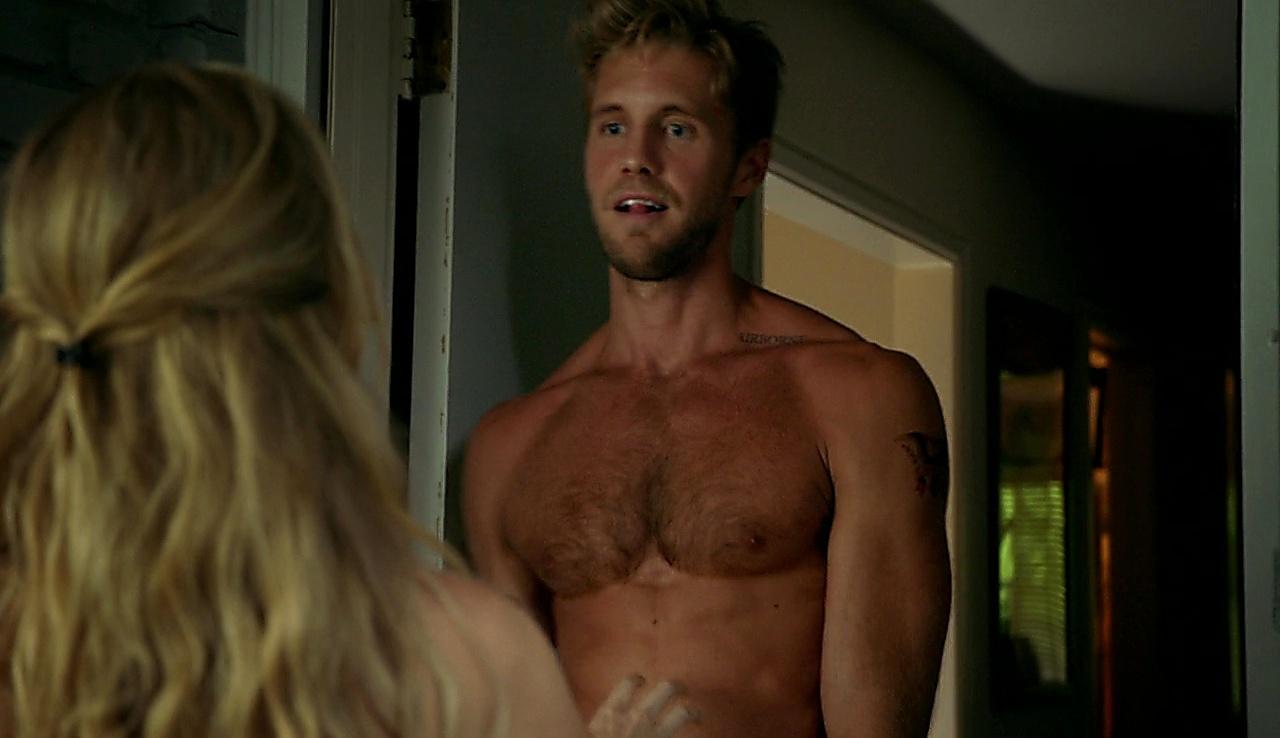 Matt Barr sexy shirtless scene October 26, 2017, 12pm