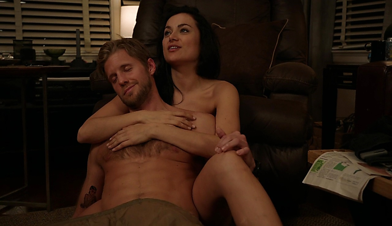 Matt Barr latest sexy shirtless scene January 16, 2018, 12pm