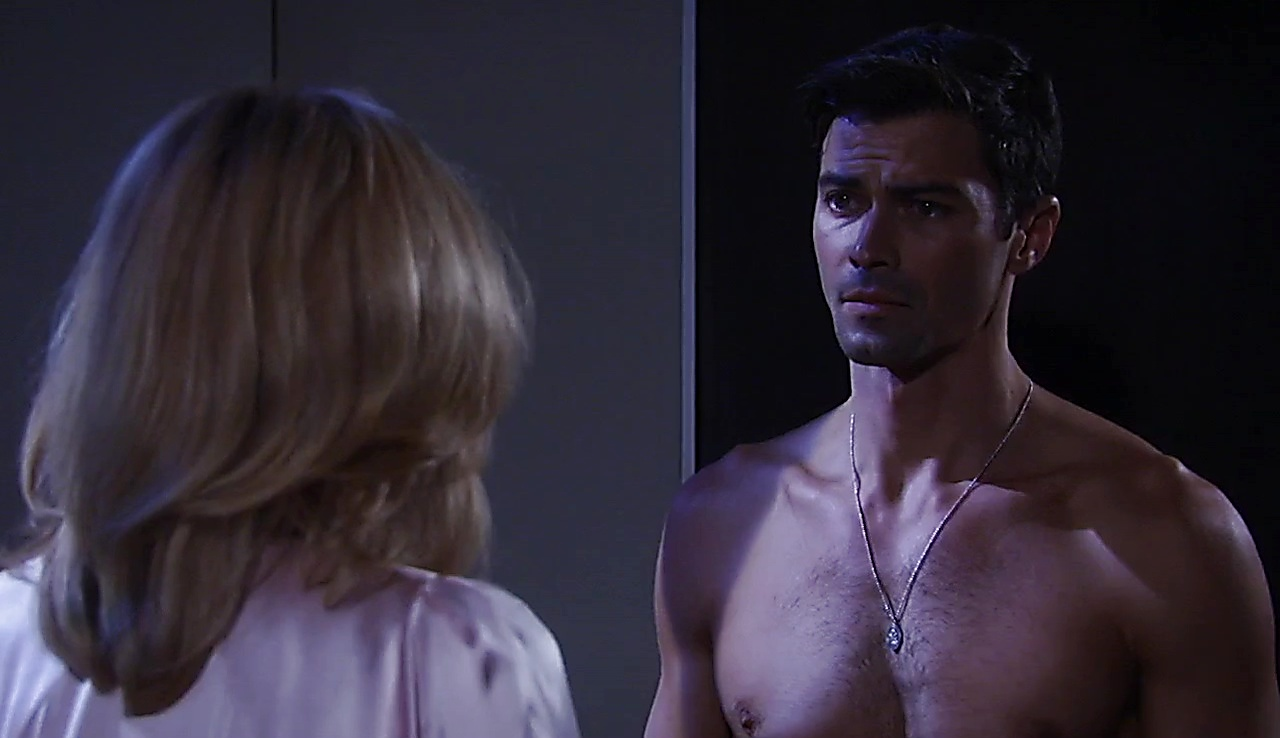 Matt Cohen sexy shirtless scene October 15, 2017, 12pm