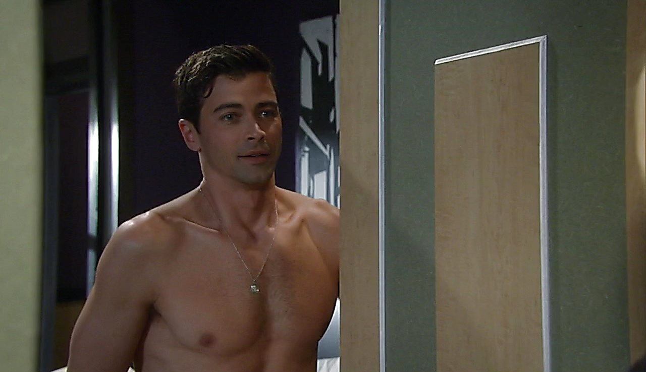 Matt Cohen sexy shirtless scene May 26, 2018, 12pm