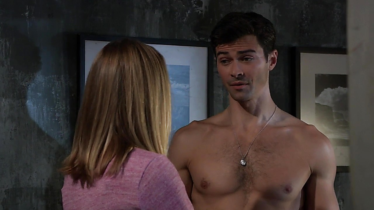 Matt Cohen latest sexy shirtless scene November 11, 2018, 2pm