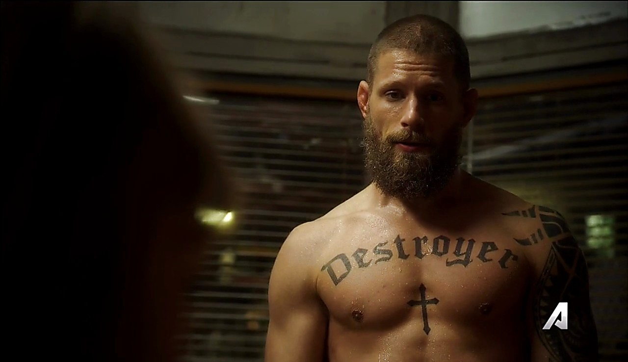Matt Lauria sexy shirtless scene July 27, 2017, 11am
