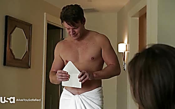 Matt Passmore   Satisfaction 1x01 13