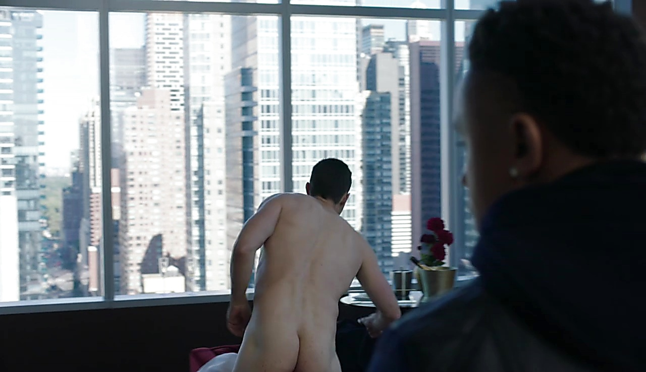 Maurice Compte latest sexy shirtless scene July 8, 2018, 10am