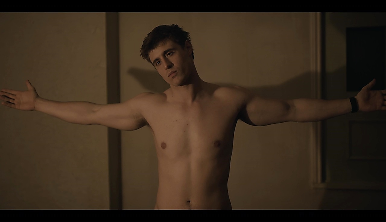 Max Irons sexy shirtless scene July 13, 2018, 1pm