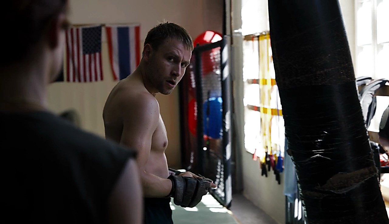 Max Riemelt sexy shirtless scene May 5, 2017, 11am