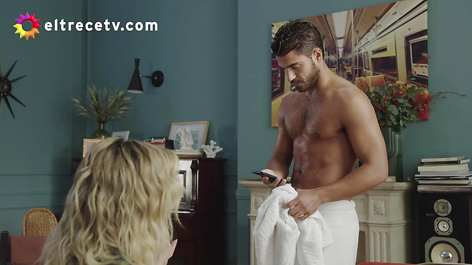 Maxi Iglesias sexy shirtless scene March 7, 2020, 6am
