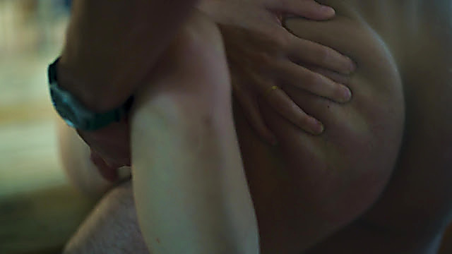 Maxi Iglesias sexy shirtless scene August 14, 2021, 9am
