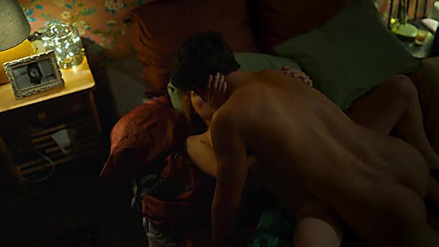 Maxi Iglesias sexy shirtless scene August 15, 2021, 10am