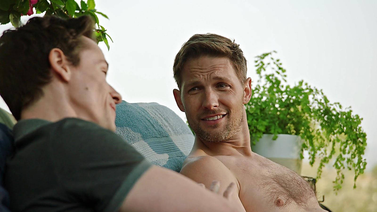 Michael Cassidy sexy shirtless scene June 11, 2020, 11am
