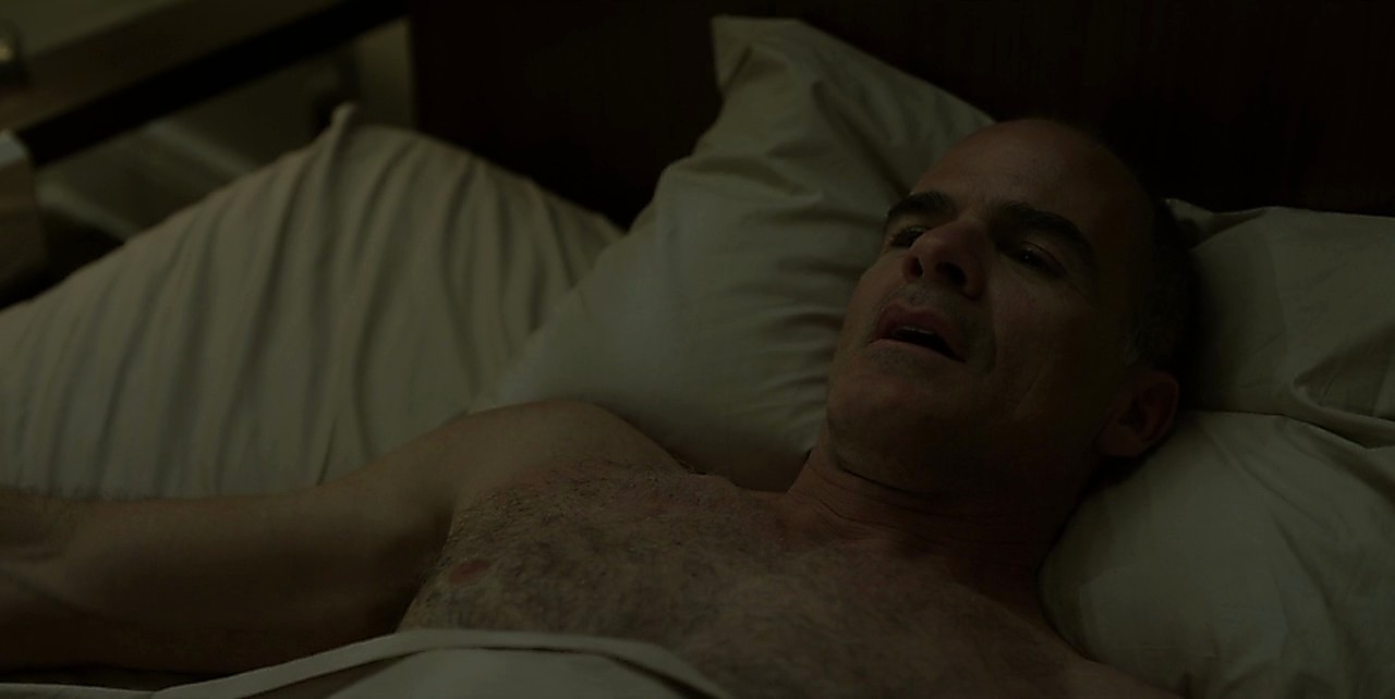 Michael Kelly sexy shirtless scene May 30, 2017, 12pm