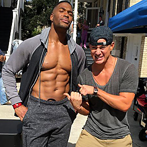 Michael Strahan latest sexy shirtless October 21, 2014, 1pm