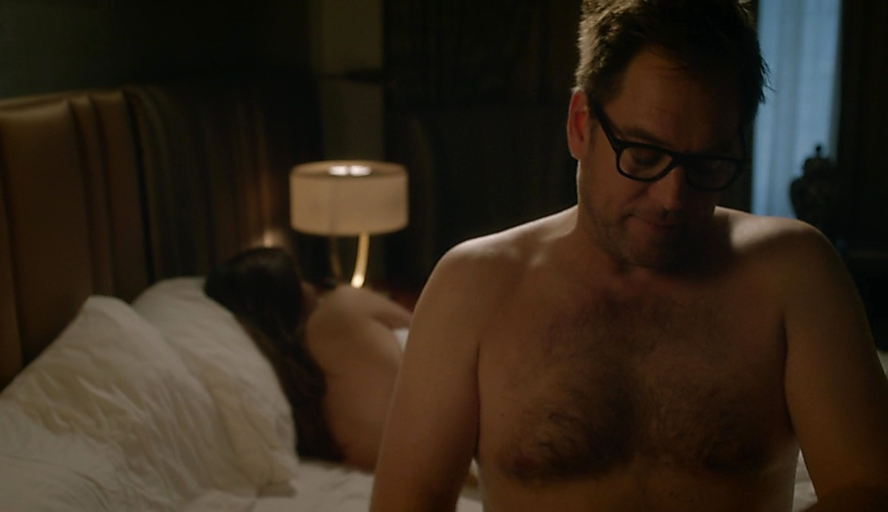 Michael Weatherly sexy shirtless scene September 27, 2017, 9am