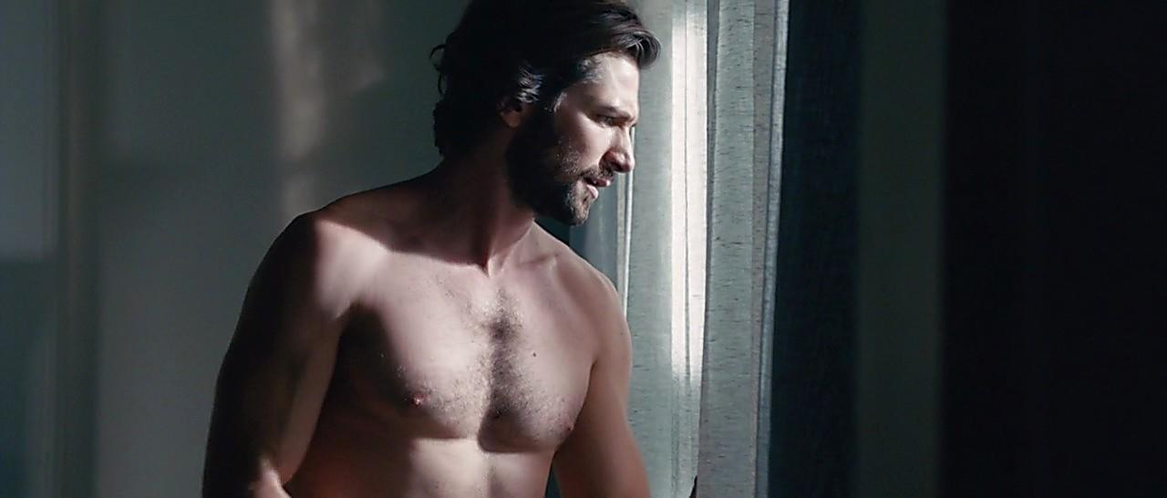 Michiel Huisman sexy shirtless scene June 30, 2017, 12pm