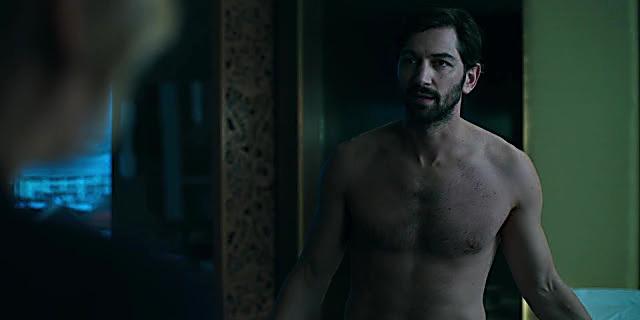 Michiel Huisman sexy shirtless scene November 21, 2020, 12pm