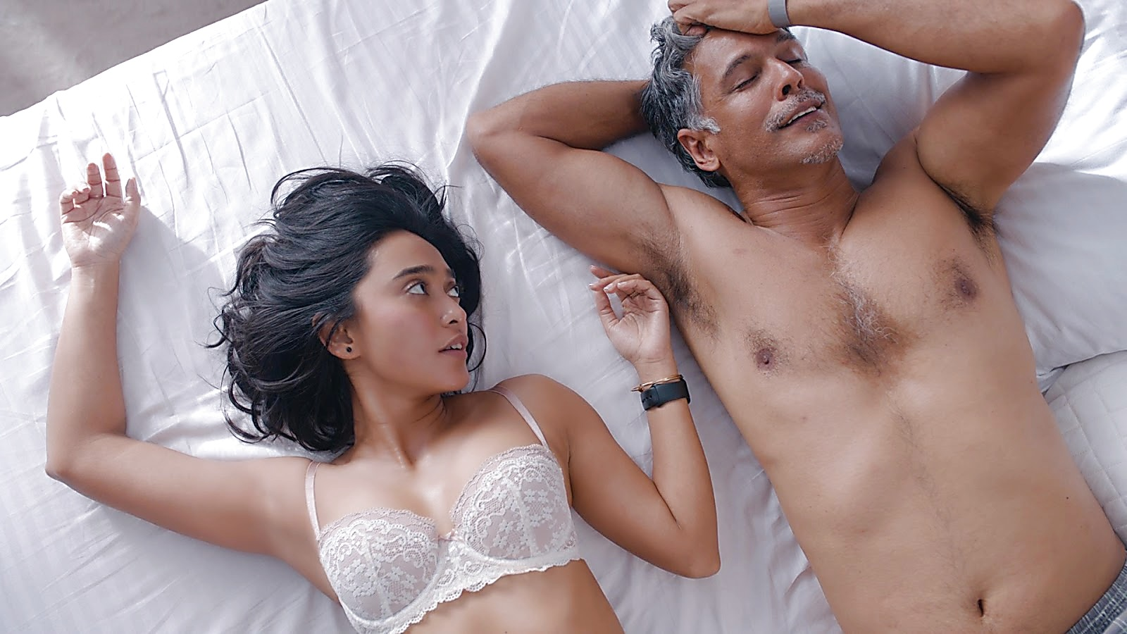 Milind Soman sexy shirtless scene April 26, 2020, 10am