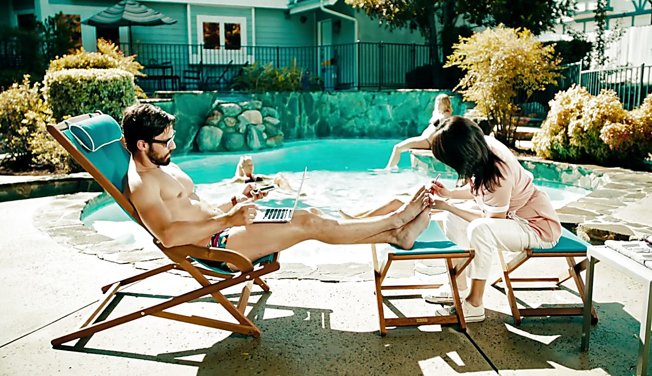 Milo Ventimiglia sexy shirtless scene January 31, 2017, 1pm