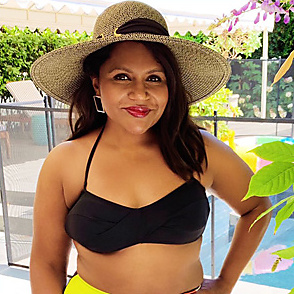 Mindy Kaling latest sexy shirtless July 5, 2019, 8pm