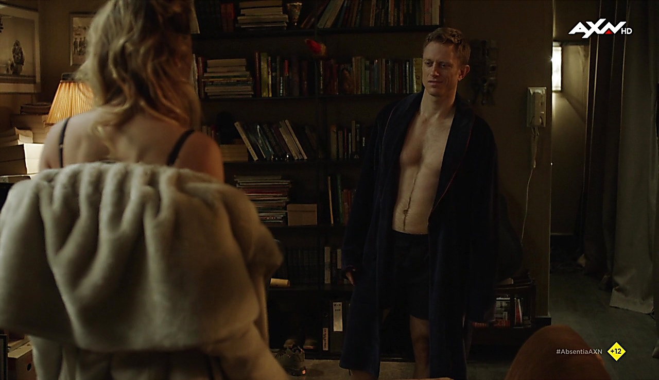 Neil Jackson latest sexy shirtless scene October 10, 2017, 12pm