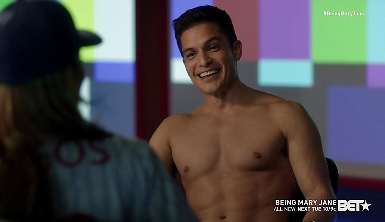 Nicholas Gonzalez sexy shirtless scene February 2, 2017, 3pm