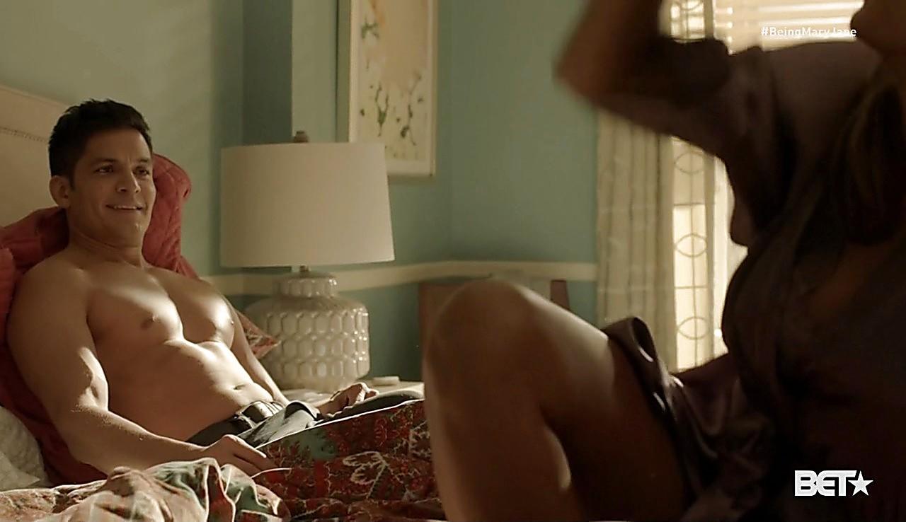 Nicholas Gonzalez sexy shirtless scene February 8, 2017, 11am