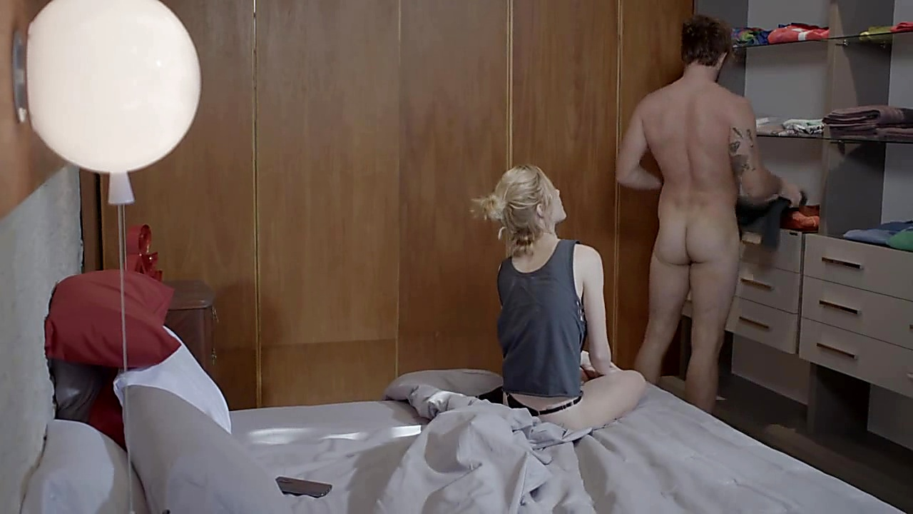 Nicolas Riera sexy shirtless scene March 21, 2019, 4pm