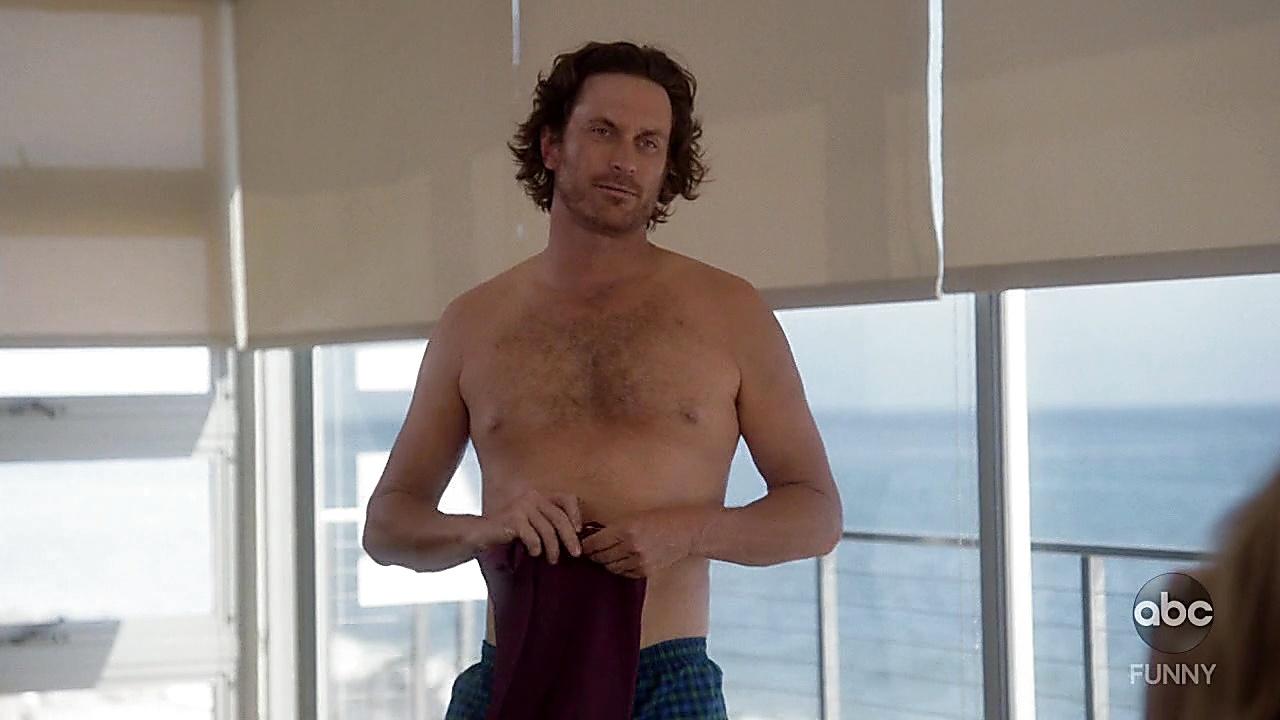 Oliver Hudson latest sexy shirtless scene November 4, 2018, 1pm