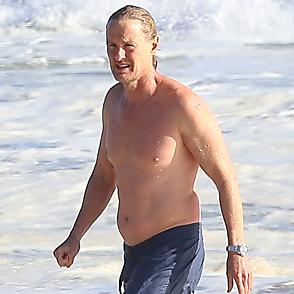 Owen Wilson latest sexy shirtless May 20, 2020, 1am