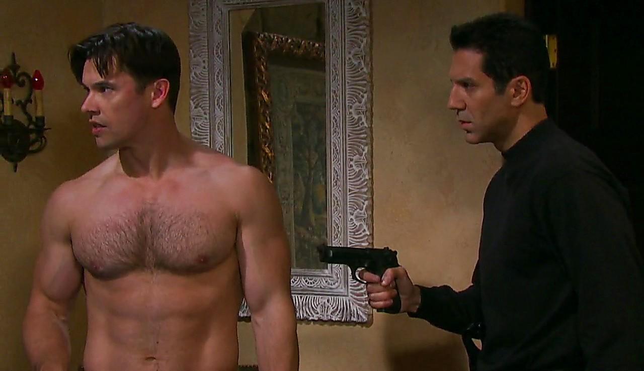 Paul Telfer sexy shirtless scene May 24, 2017, 1pm