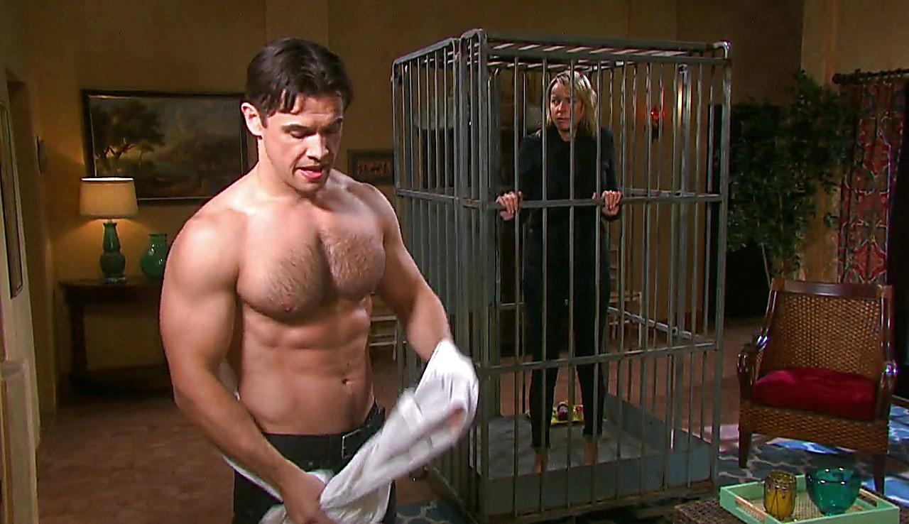 Paul Telfer sexy shirtless scene May 9, 2017, 6am