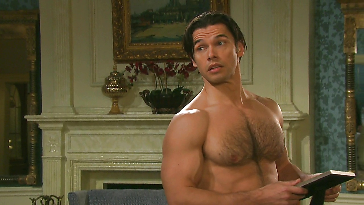 Paul Telfer sexy shirtless scene August 15, 2019, 1pm