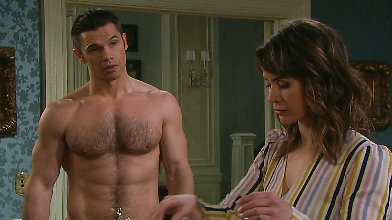 Paul Telfer sexy shirtless scene October 12, 2019, 1pm