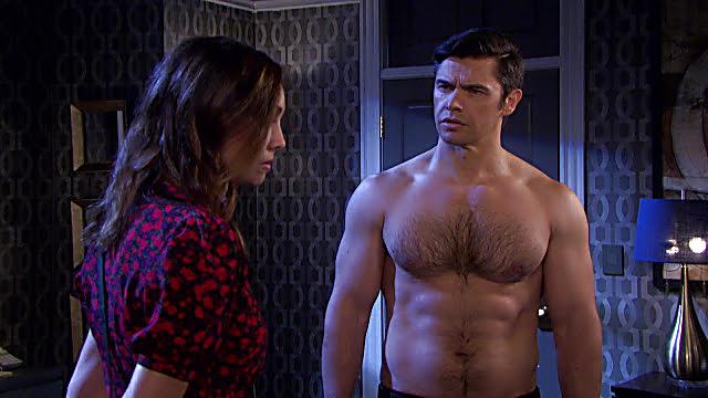 Paul Telfer sexy shirtless scene August 29, 2021, 6am