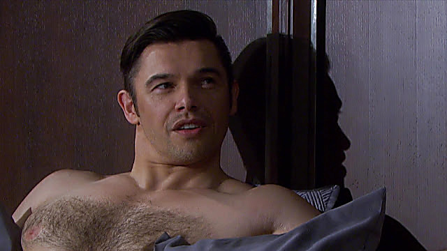 Paul Telfer sexy shirtless scene September 2, 2021, 4am