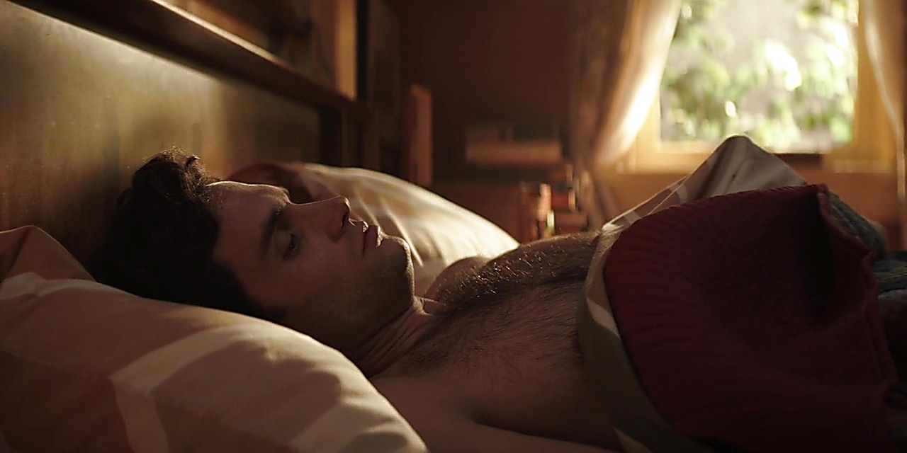 Penn Badgley sexy shirtless scene October 1, 2018, 1pm