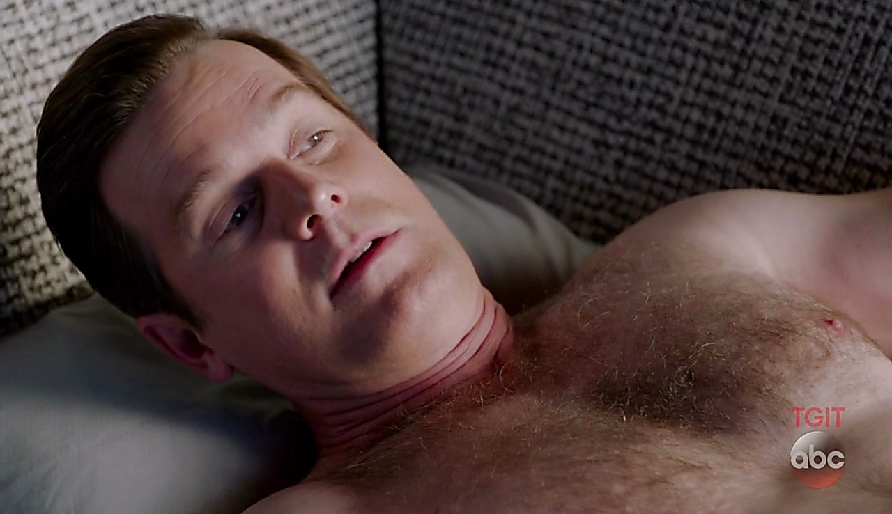 Peter Krause sexy shirtless scene March 10, 2017, 12pm