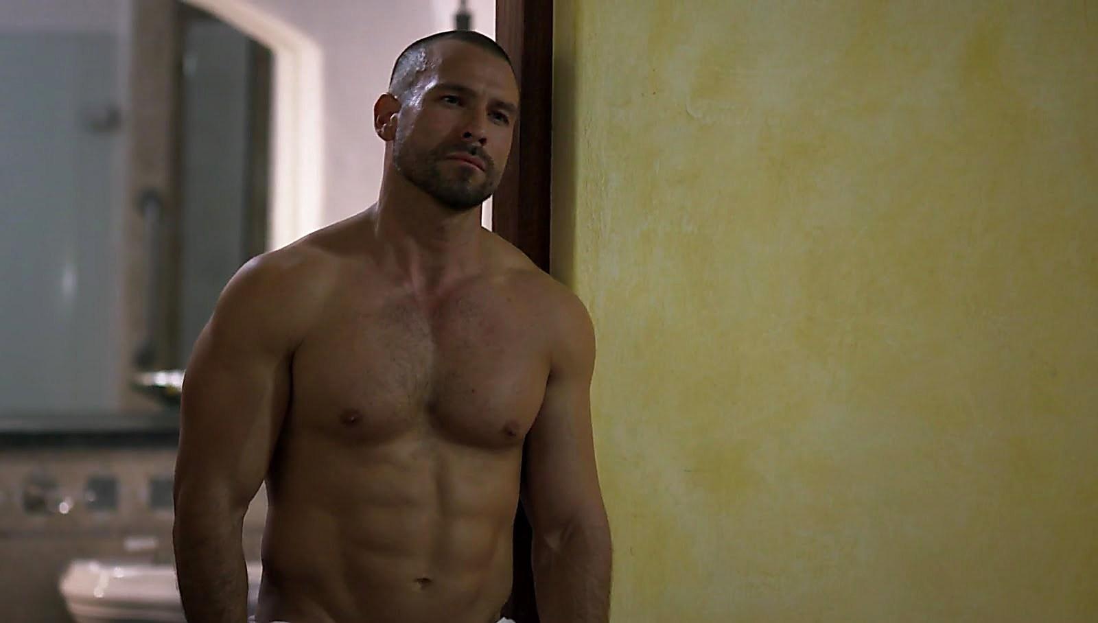 Rafael Amaya sexy shirtless scene September 9, 2017, 12pm