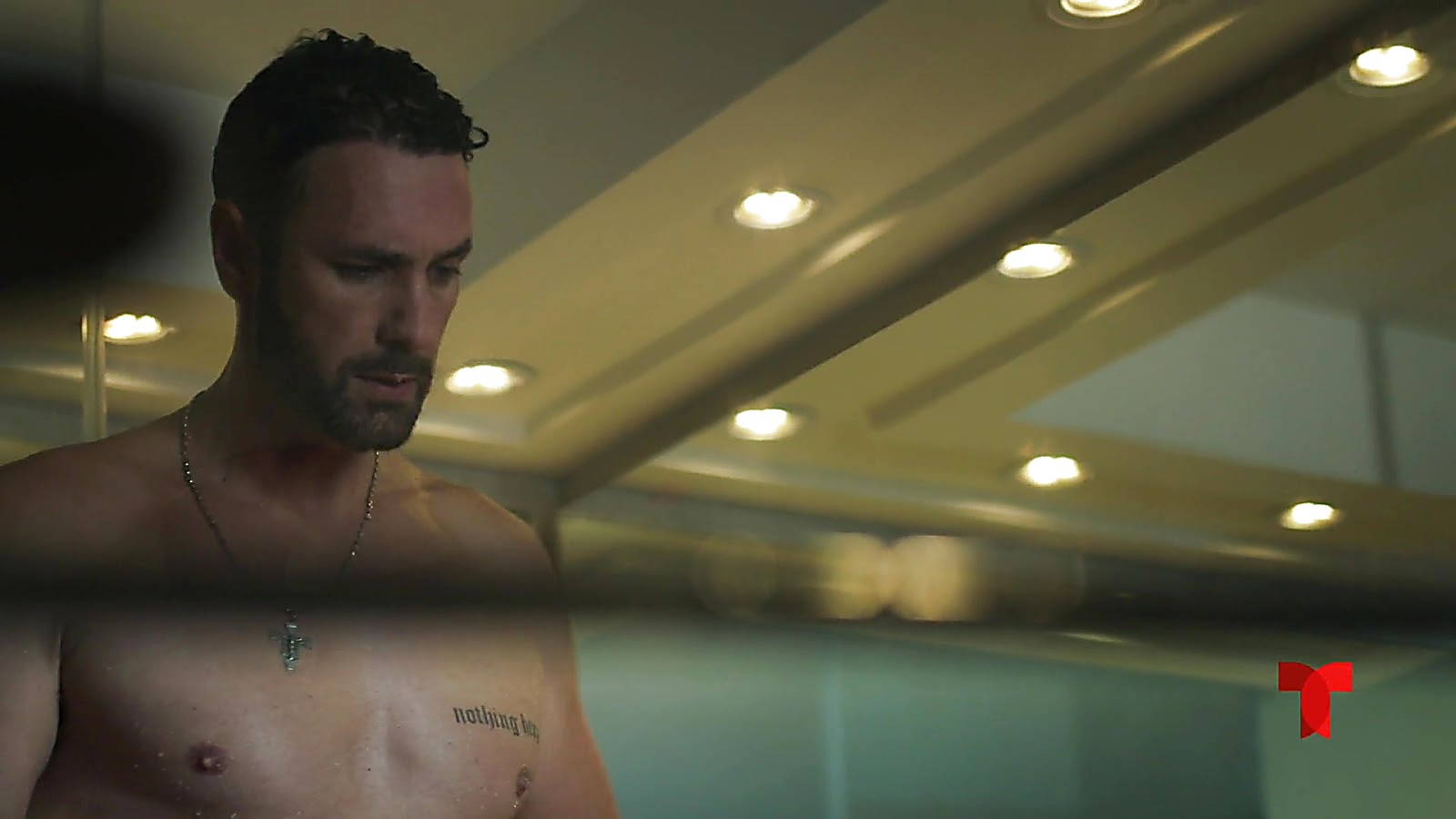 Raoul Bova sexy shirtless scene May 10, 2019, 8am