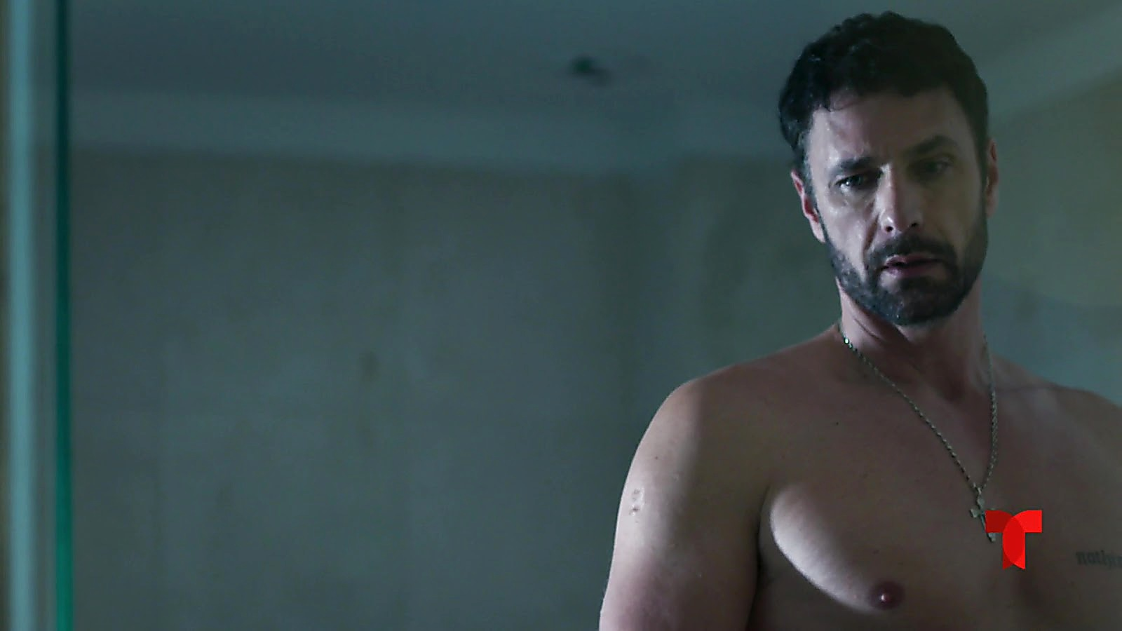 Raoul Bova sexy shirtless scene May 11, 2019, 11am