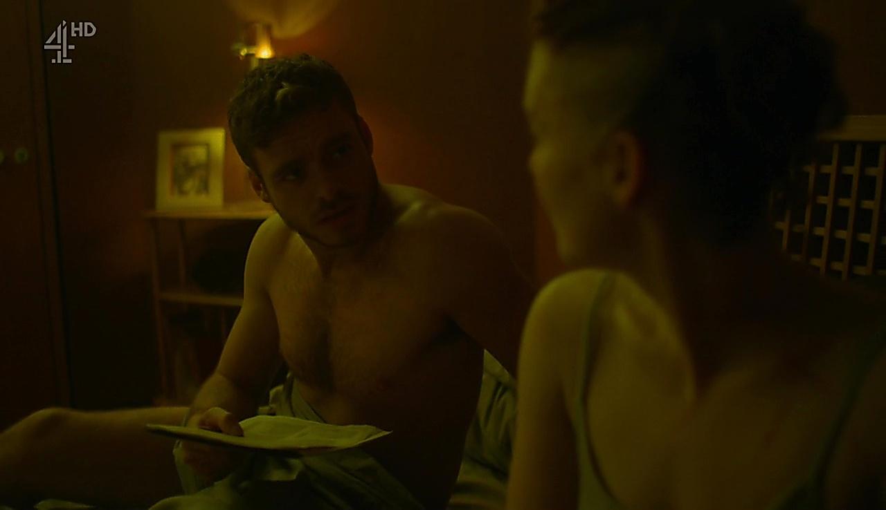 Richard Madden sexy shirtless scene September 18, 2017, 4am