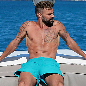 Ricky Martin latest sexy shirtless January 3, 2020, 5pm