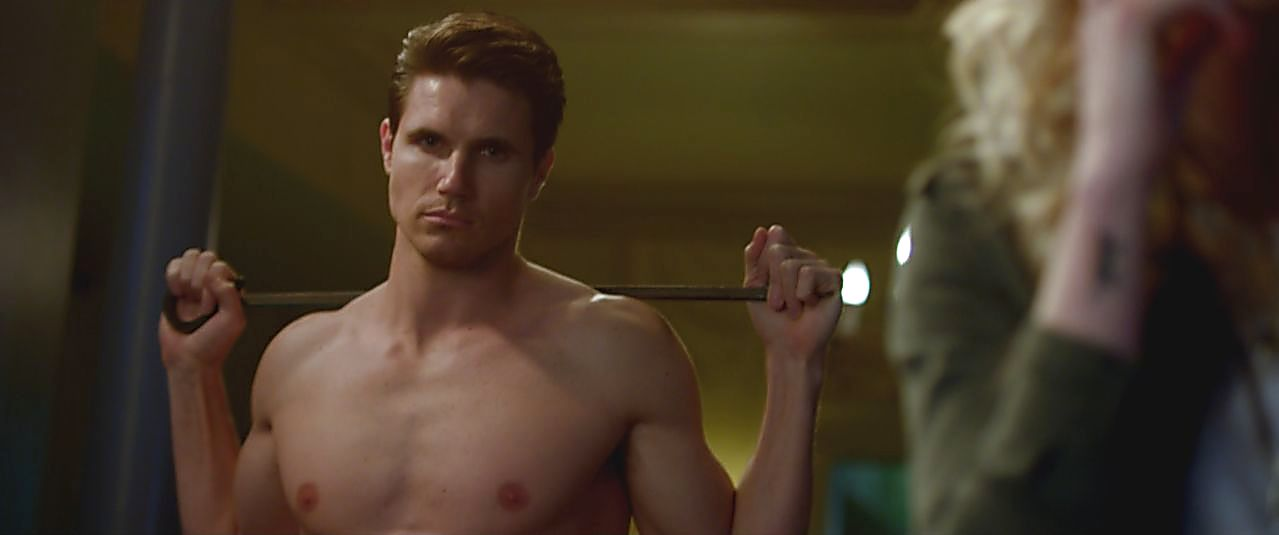 Robbie Amell sexy shirtless scene October 13, 2017, 1pm